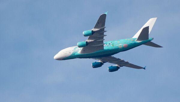 Airbus A380-841de la aerolínea Hi Fly - Sputnik Mundo