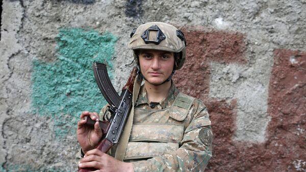 Soldado armenio - Sputnik Mundo