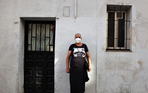 Asunción Carbonell, de 65 años, asistente a la paralización del desahucio en Vallecas, un barrio del sureste de Madrid - Sputnik Mundo