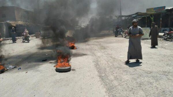 Manifestaciones de las tribus árabes en el este de Siria - Sputnik Mundo