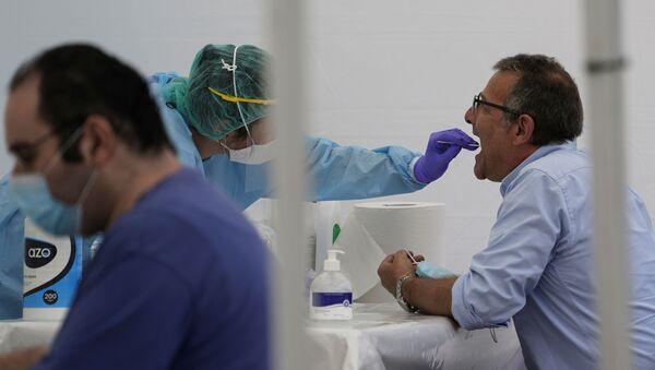 Test de coronavirus en España - Sputnik Mundo