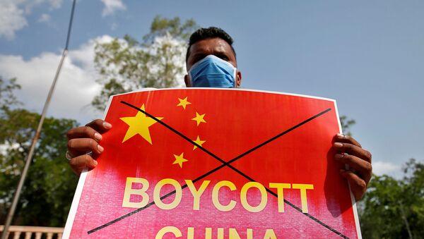 Un indio durante una protesta contra China - Sputnik Mundo