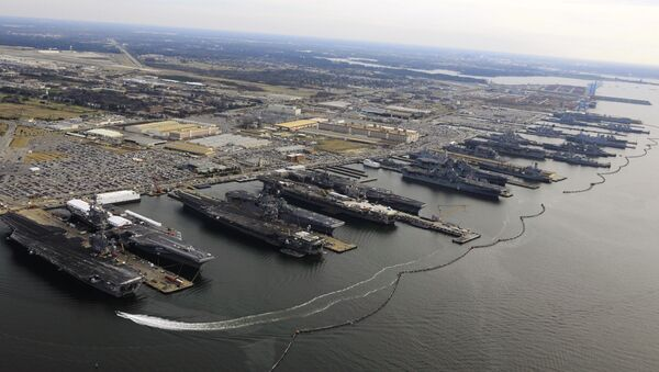 La base naval estadounidense Norfolk - Sputnik Mundo