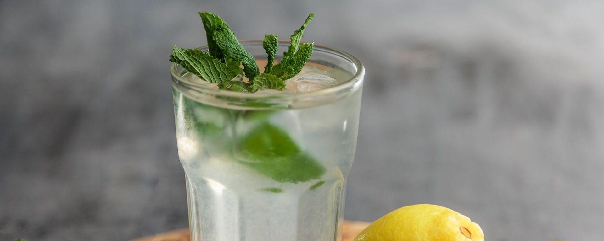 Agua con limón - Sputnik Mundo, 1920, 12.08.2020