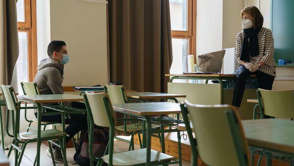 Un estudiante español (imagen referencial) - Sputnik Mundo