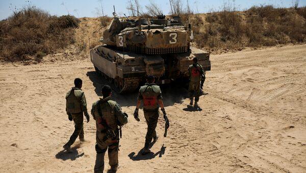 Militares israelíes en la frontera de Gaza - Sputnik Mundo