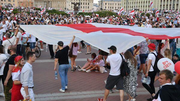 Manifestaciones antigubernamentales en Bielorrusia - Sputnik Mundo
