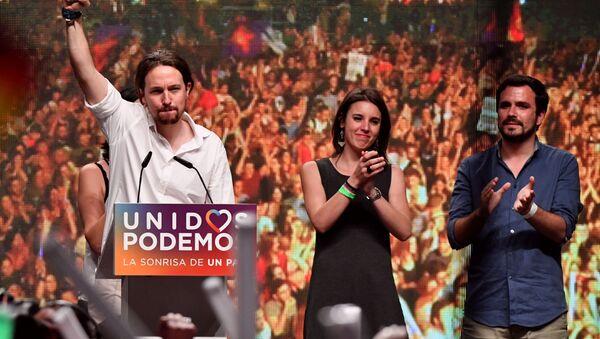 Pablo Iglesias, Irene Montero y Alberto Garzón, dirigentes de Unidas Podemos - Sputnik Mundo