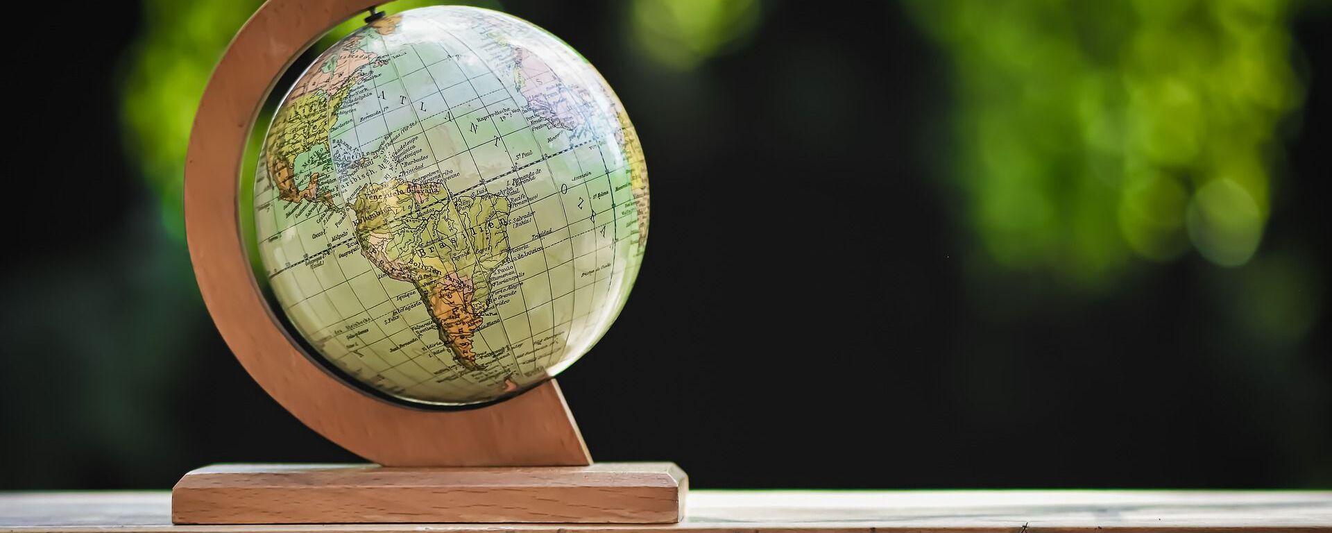 Un globo terráqueo - Sputnik Mundo, 1920, 26.02.2021