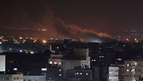 Bombardeo de Israel a la Franja de Gaza - Sputnik Mundo