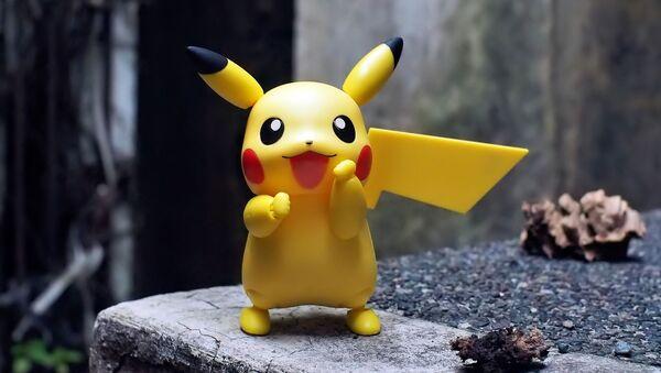 Un juguete del pokémon Pikachu - Sputnik Mundo