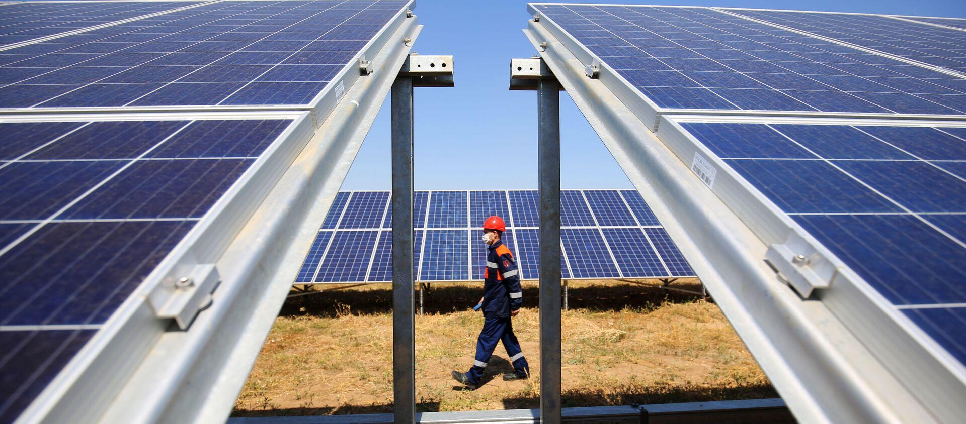 Planta solar en la ciudad rusa de Volgogrado - Sputnik Mundo, 1920, 01.09.2020