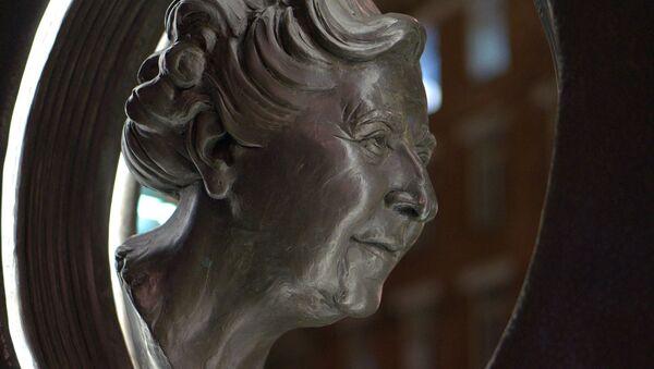 Monumento a Agatha Christie - Sputnik Mundo