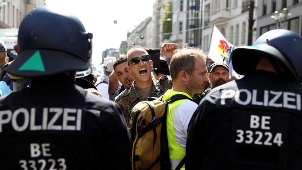 Las protestas contra medidas por coronavirus en Alemania (archivo) - Sputnik Mundo