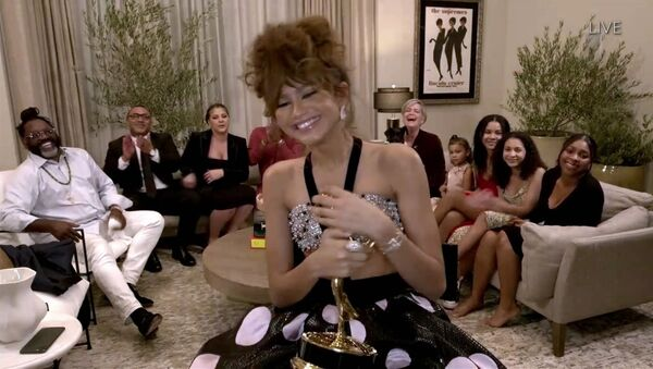 Así transcurrió la 72 ceremonia de los Premios Emmy   - Sputnik Mundo