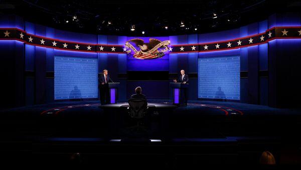 El primer debate presidencial entre Donald Trump y Joe Biden - Sputnik Mundo
