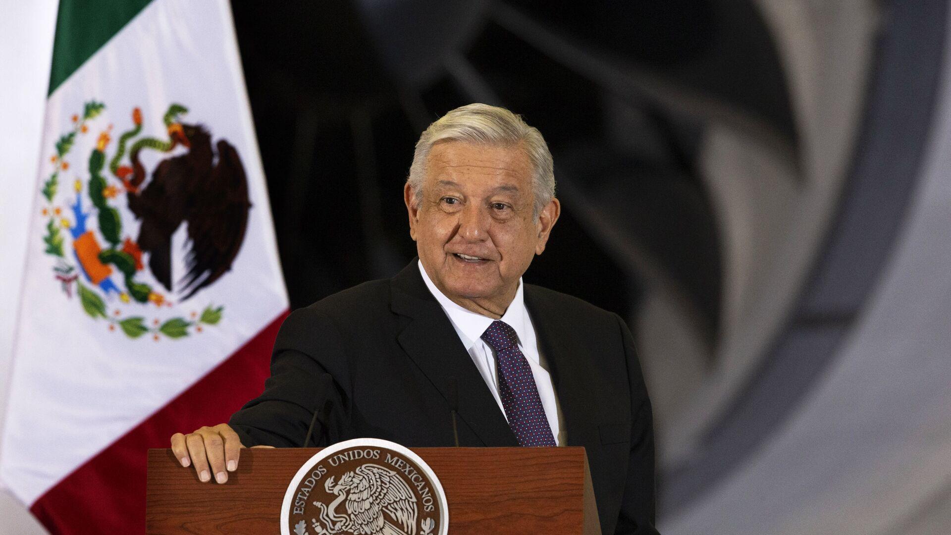 El presidente de México, Andrés Manuel López Obrador - Sputnik Mundo, 1920, 05.02.2021