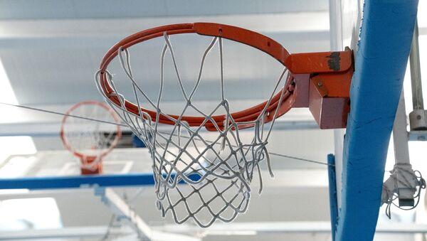Un aro de básquet - Sputnik Mundo
