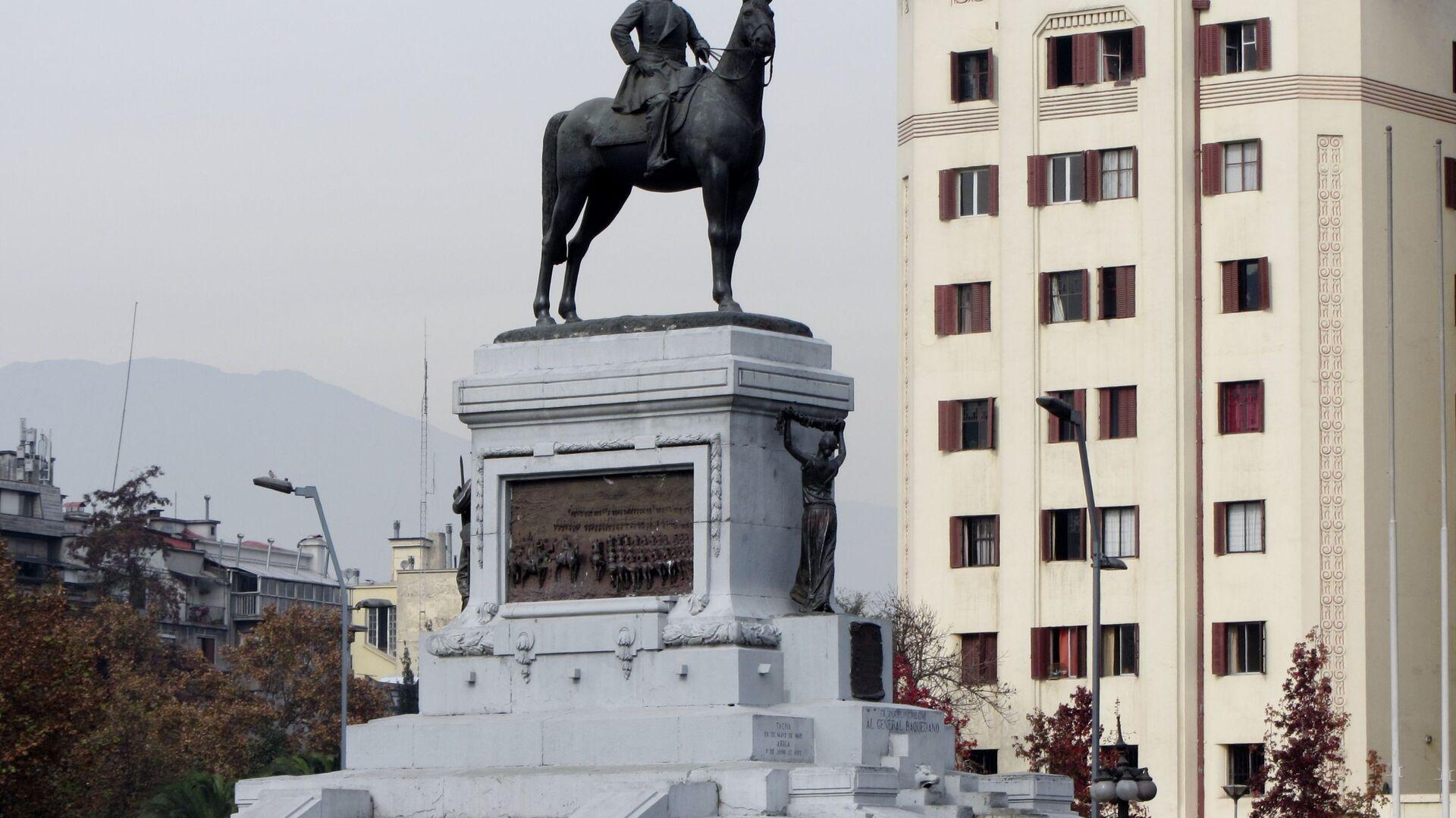 Monumento al general Manuel Baquedano, ubicado en la Plaza Italia en Santiago, Chile - Sputnik Mundo, 1920, 06.03.2021