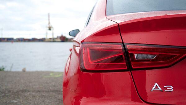 Un Audi A3 - Sputnik Mundo