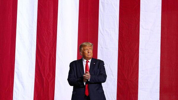 Donald Trump, presidente de EEUU - Sputnik Mundo
