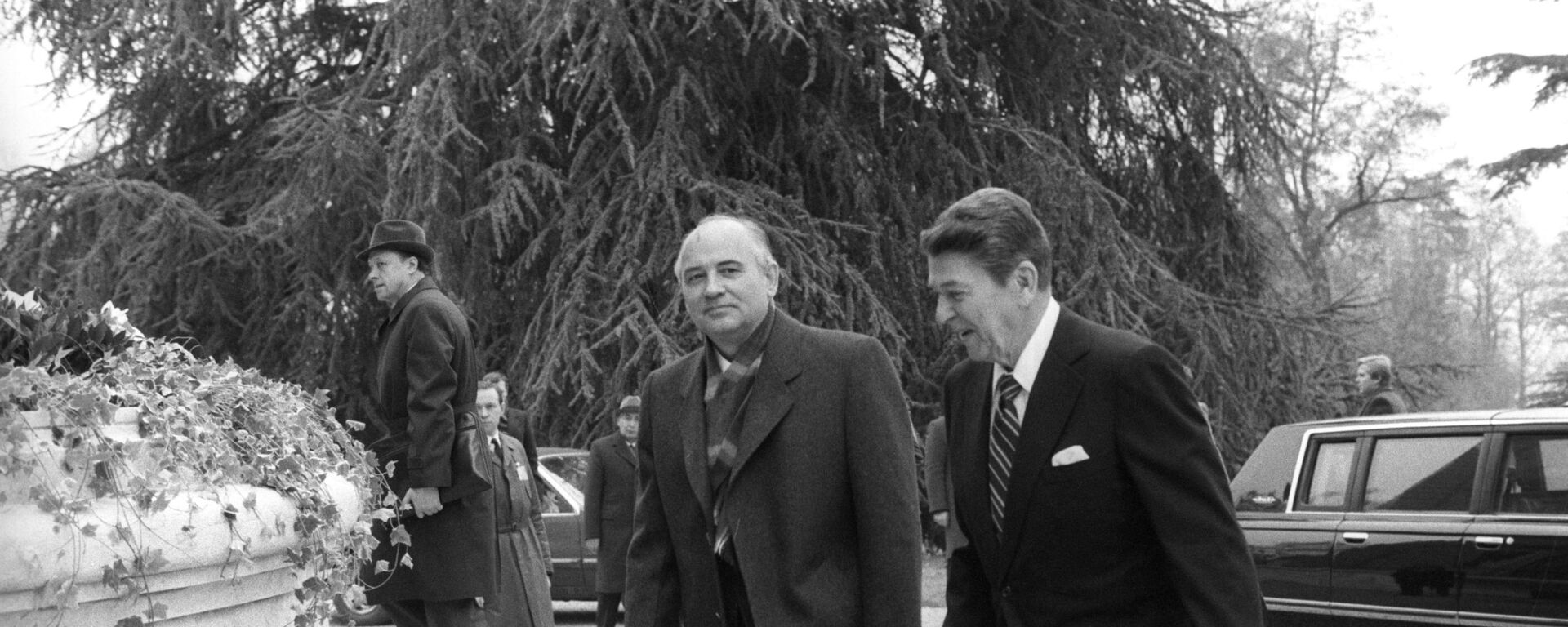 Reunión entre Gorbachov y Reagan en Ginebra (1985) - Sputnik Mundo, 1920, 20.11.2020