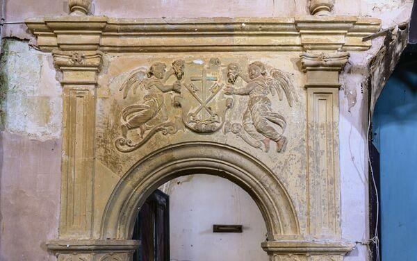 Iglesia Parroquial de San Lorenzo Mártir en Burgos, una construcción gótica del siglo XVI - Sputnik Mundo