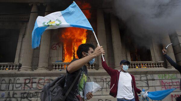 Protestas antigubernamentales en Guatemala, el 21 de noviembre de 2020 - Sputnik Mundo