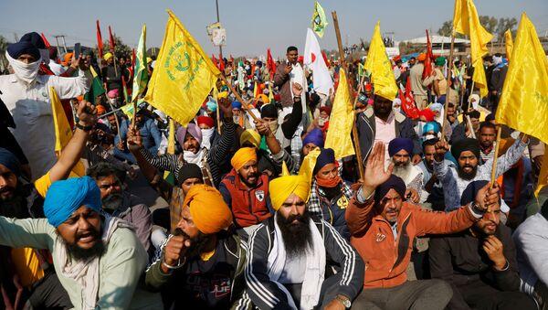 Marcha de agricultores en la India - Sputnik Mundo