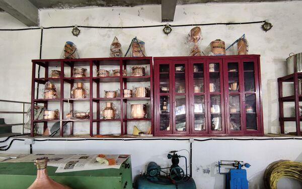 Taller de Artesanía del Cobre Manolete en Galicia - Sputnik Mundo