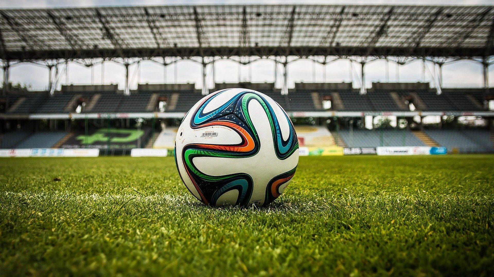 Balón de fútbol en un estadio (referencial) - Sputnik Mundo, 1920, 31.03.2021
