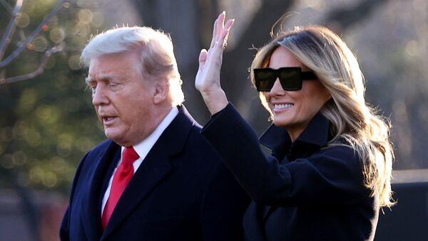El presidente de EEUU, Donald Trump, junto a su mujer Melania - Sputnik Mundo