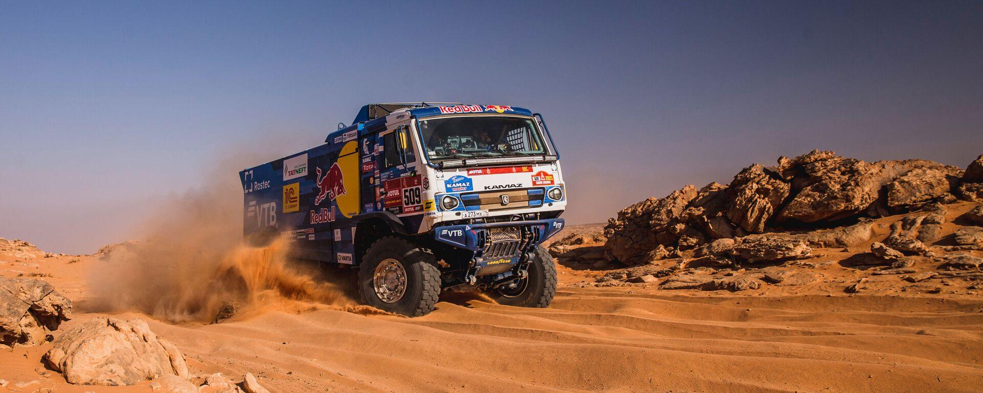 Un camión KAMAZ del equipo ruso KAMAZ-master durante el rally Dakar 2021 - Sputnik Mundo, 1920, 16.01.2021