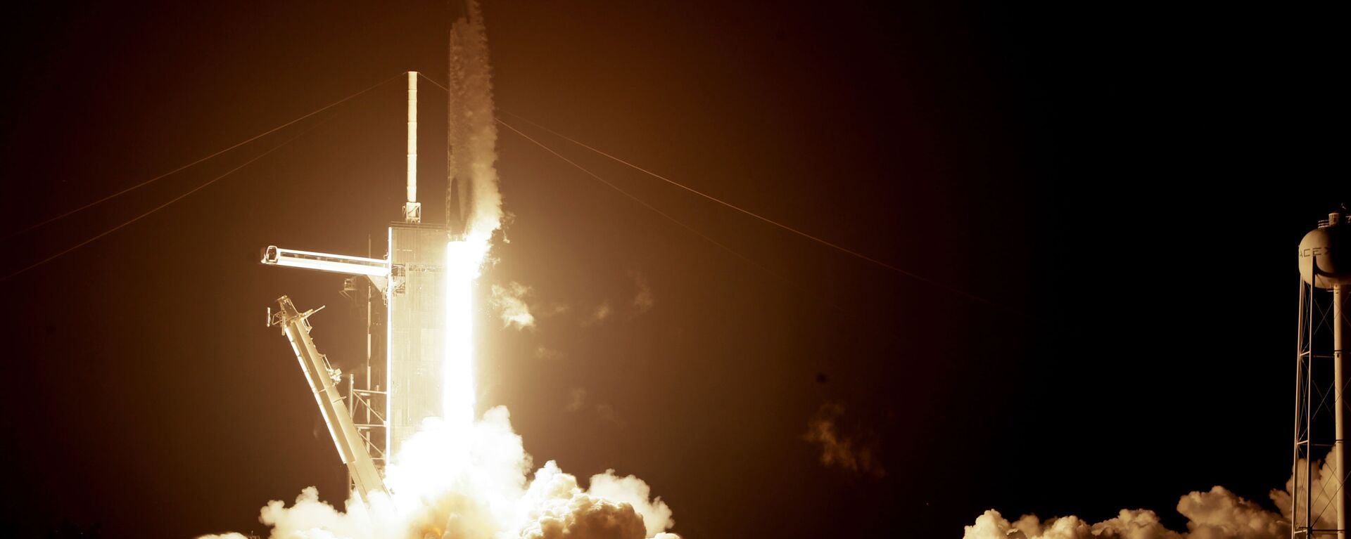 El lanzamiento de un cohete de SpaceX - Sputnik Mundo, 1920, 31.01.2021