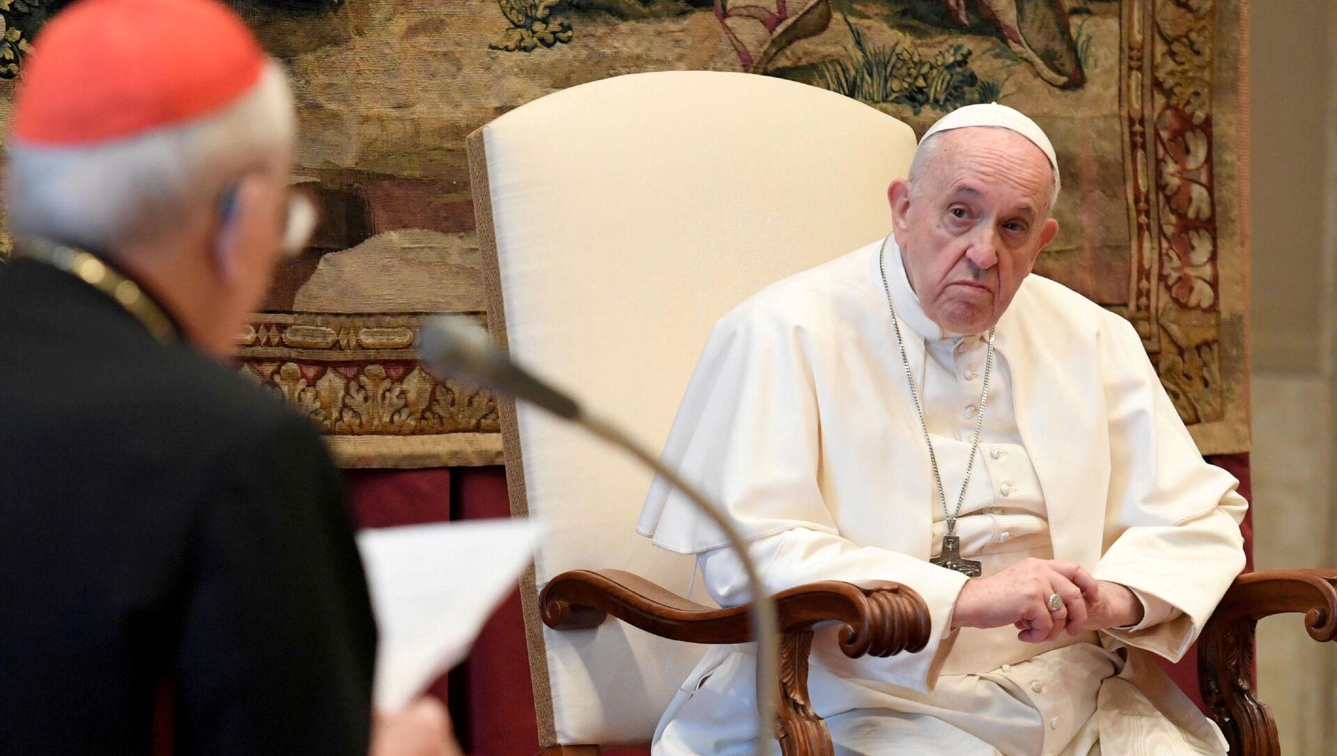 El papa Francisco  - Sputnik Mundo, 1920, 03.02.2021