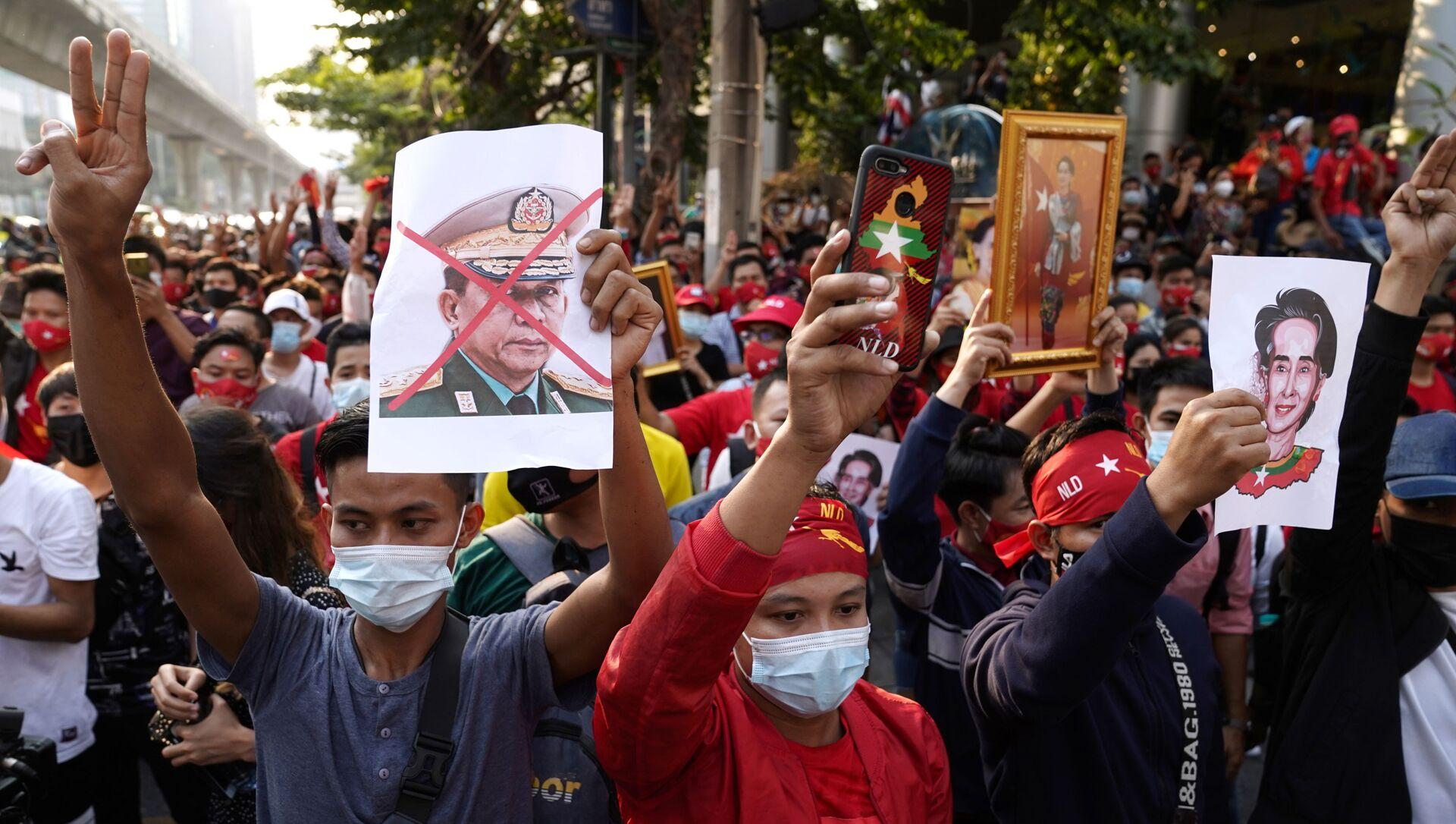 Protestas tras el golpe de Estado en Birmania - Sputnik Mundo, 1920, 03.02.2021