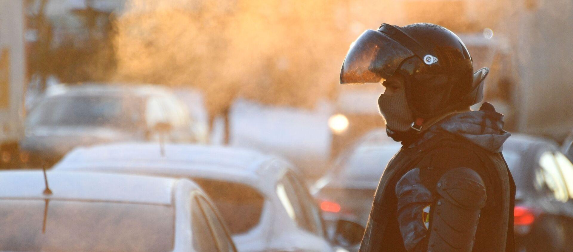 Un policía ruso - Sputnik Mundo, 1920, 04.02.2021