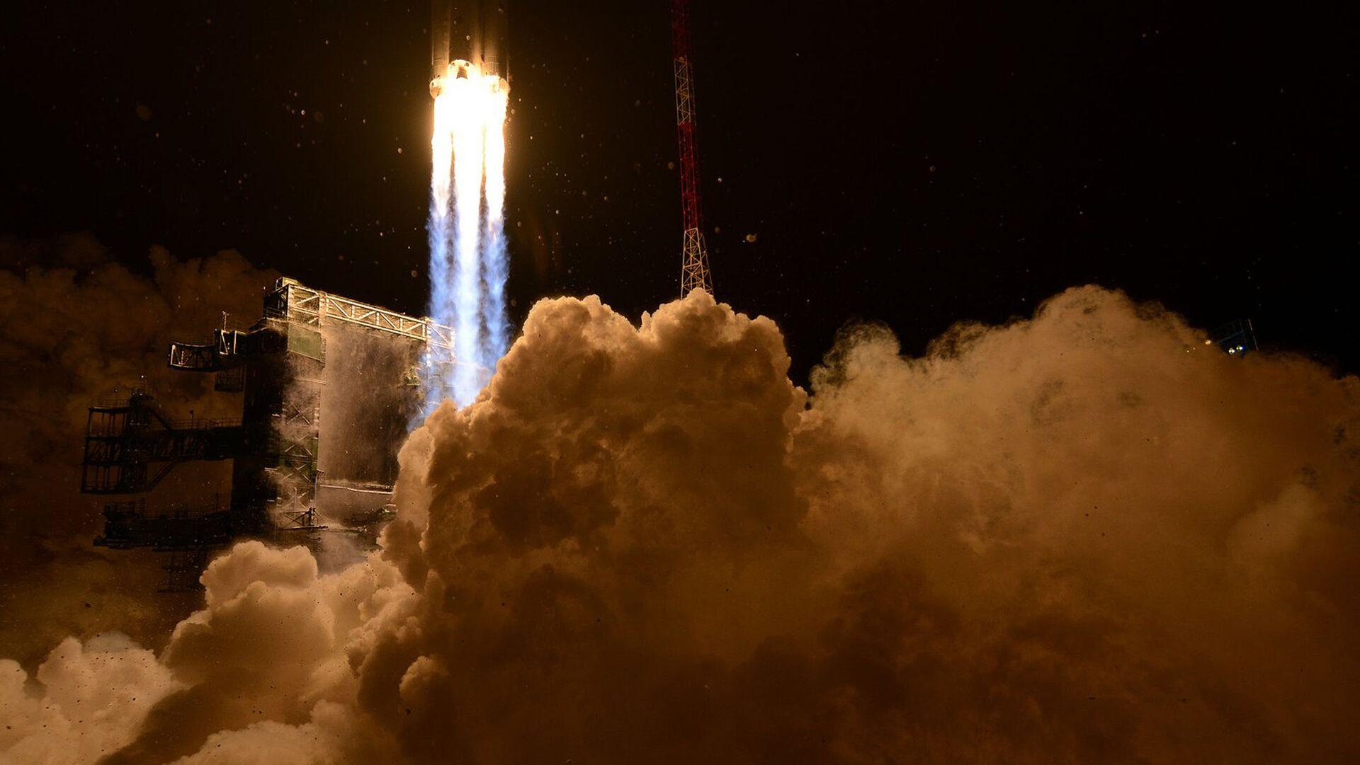 Lanzamiento de un cohete - Sputnik Mundo, 1920, 18.02.2021
