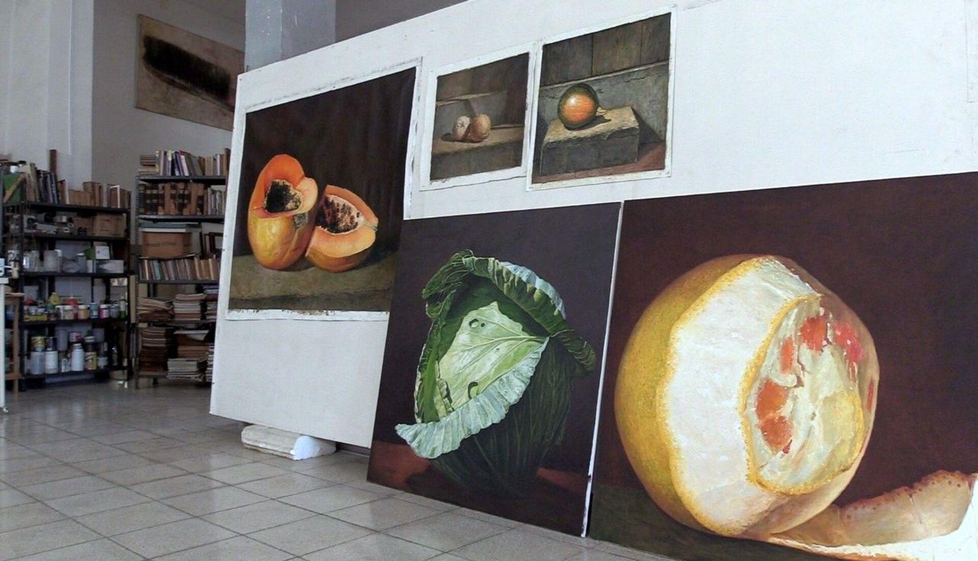 Frutas tropicales pintadas por el artista plástico Arturo Montoto - Sputnik Mundo, 1920, 11.02.2021