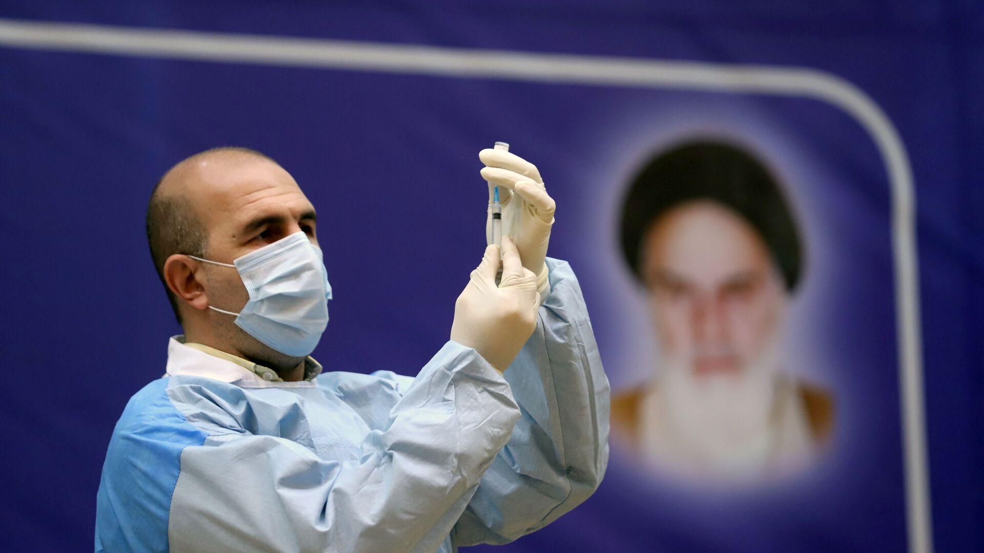 La inmunización contra el coronavirus con la vacuna rusa Sputnik V en Irán - Sputnik Mundo, 1920, 09.02.2021
