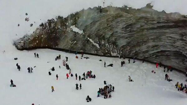 El glaciar Bogdanóvich en Kazajistán - Sputnik Mundo