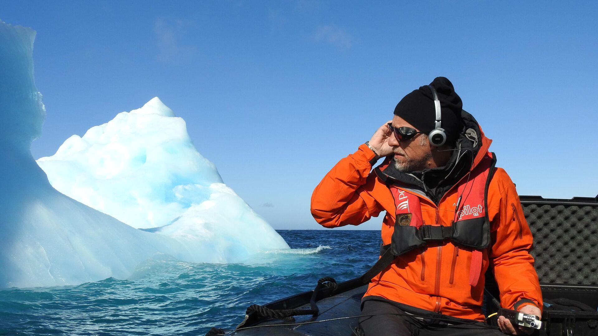 Michel André en una expedición en la Antártida - Sputnik Mundo, 1920, 13.02.2021