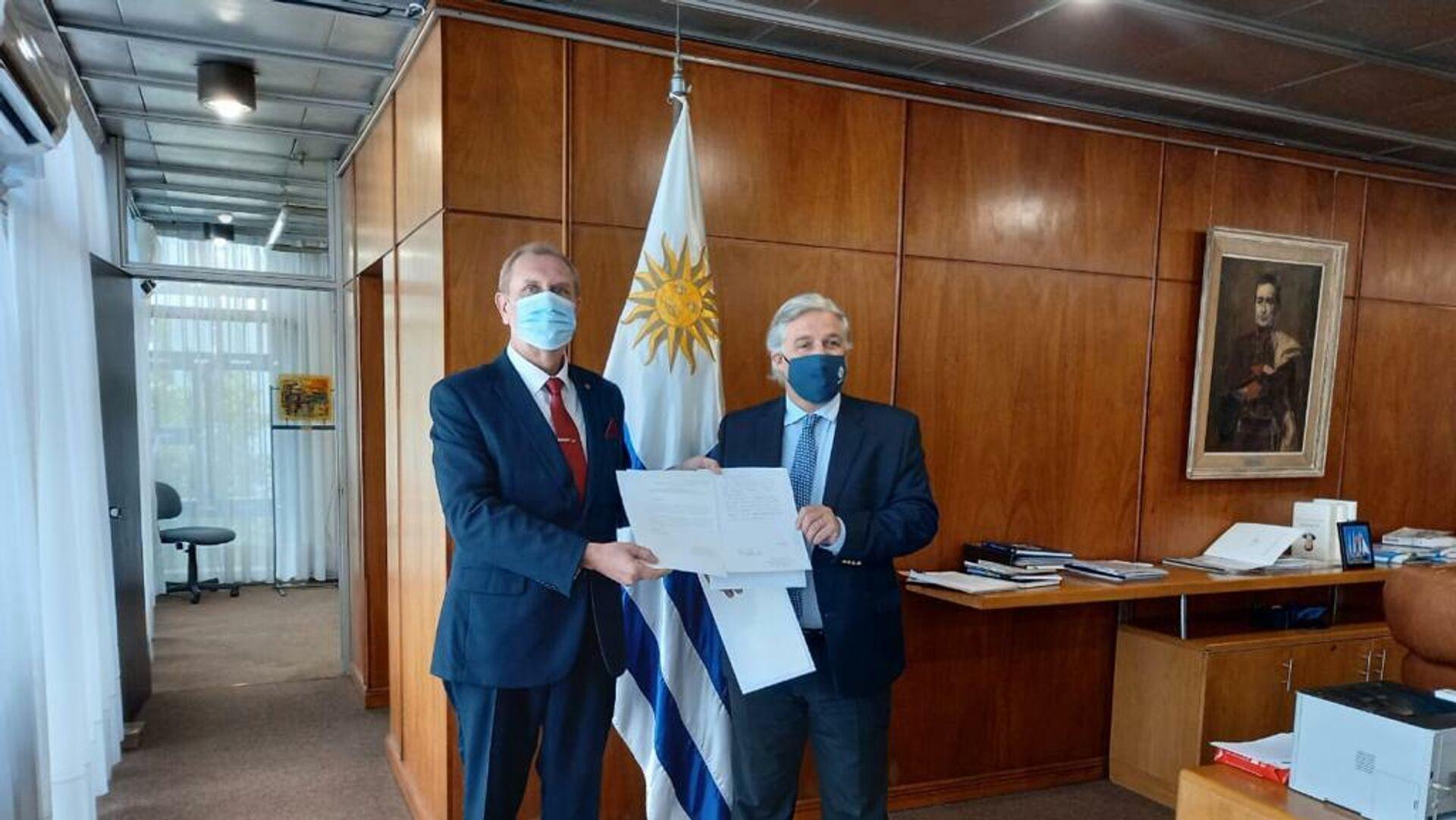 El embajador de la Federación de Rusia en Uruguay, Andréi Budáev, presentó la copia de sus cartas credenciales al canciller Francisco Bustillo - Sputnik Mundo, 1920, 11.02.2021
