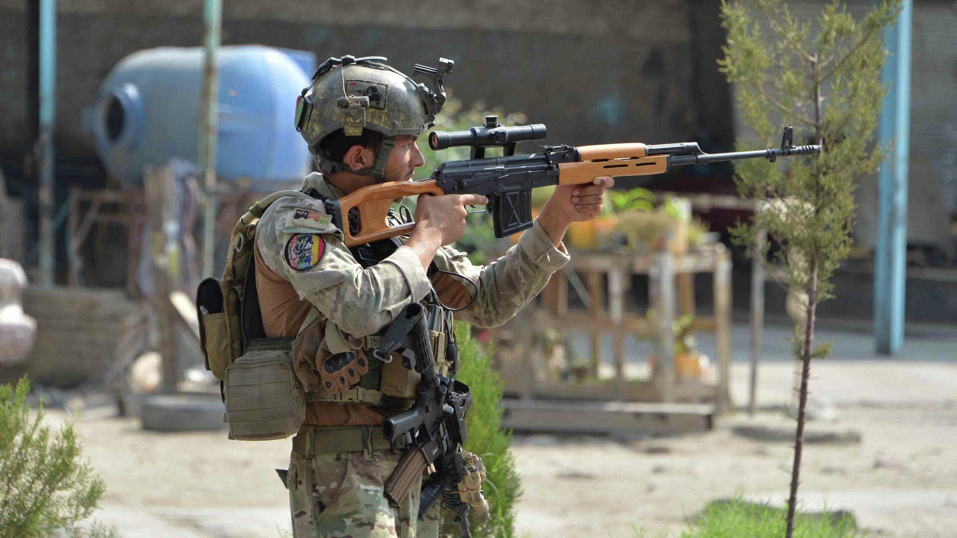 Soldado afgano en Jalalabad, Afganistán - Sputnik Mundo, 1920, 15.02.2021
