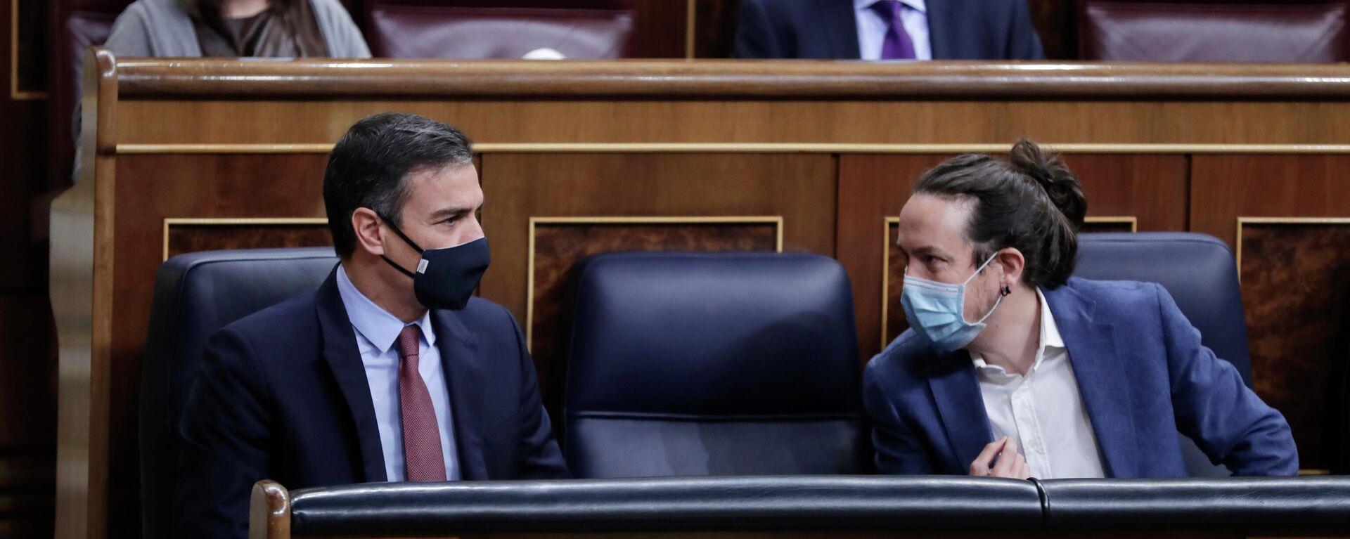 Pedro Sánchez y Pablo Iglesias en el Congreso.  - Sputnik Mundo, 1920, 20.02.2021