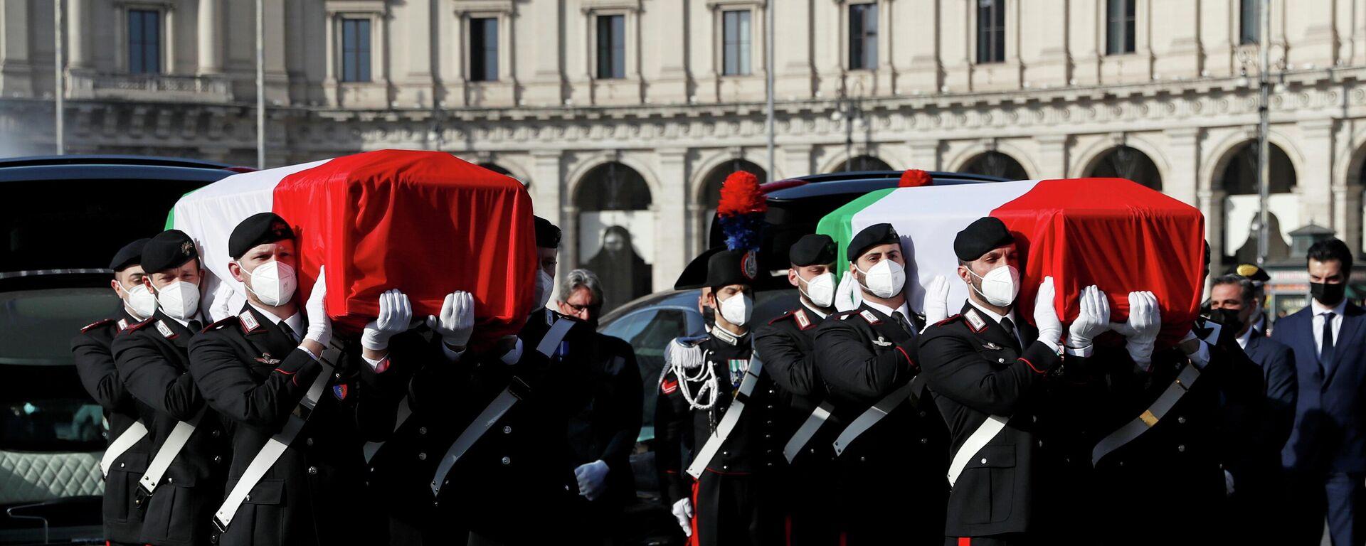 Funeral del embajador italiano Luca Attanasio y del carabinero Vittorio Iacovacci asesinados en la (República Democrática del Congo (RDC) - Sputnik Mundo, 1920, 25.02.2021
