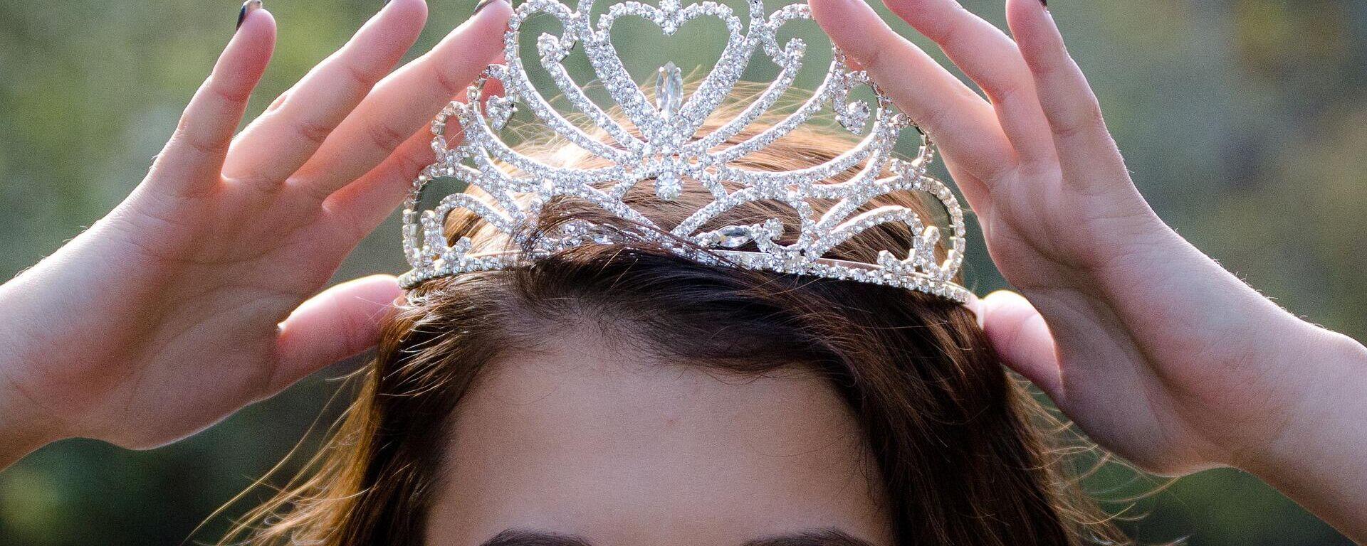 Corona de reina de belleza - Sputnik Mundo, 1920, 25.02.2021