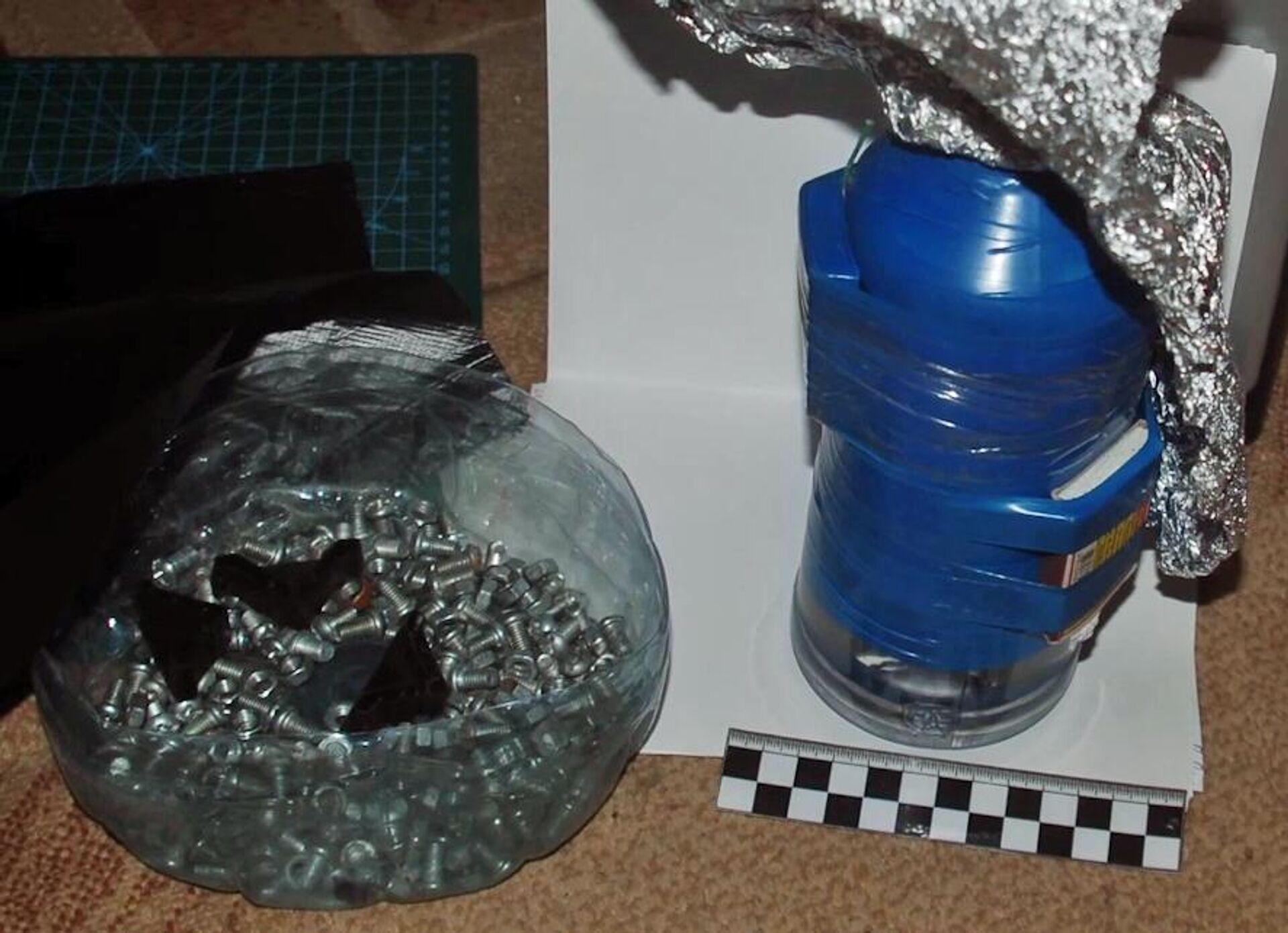Una bomba casera hallada en el domicilio del detenido que planificaba un ataque terrorista  - Sputnik Mundo, 1920, 04.03.2021