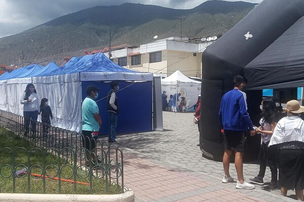 Despliegue del operativo de salud en San Antonio de Pichincha - Sputnik Mundo