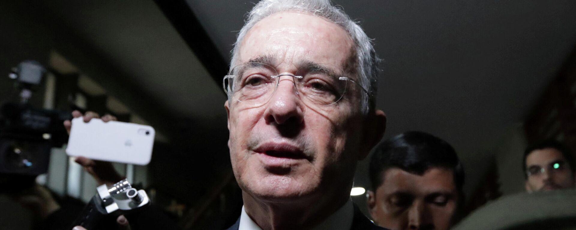 El expresidente colombiano Álvaro Uribe - Sputnik Mundo, 1920, 06.03.2021